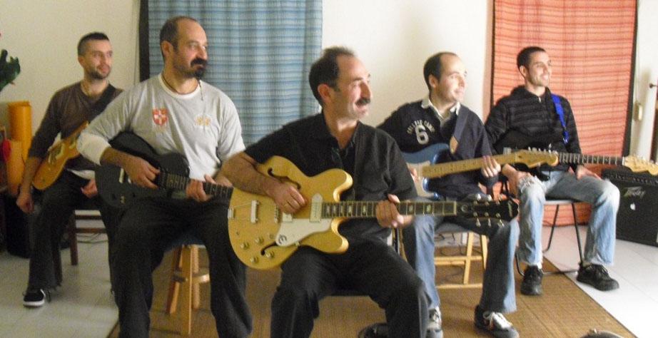 Clases de Guitarra Online - Clases de Guitarra Barcelona - Grupo de Estudio 2010 - Clases de Guitarra Barcelona