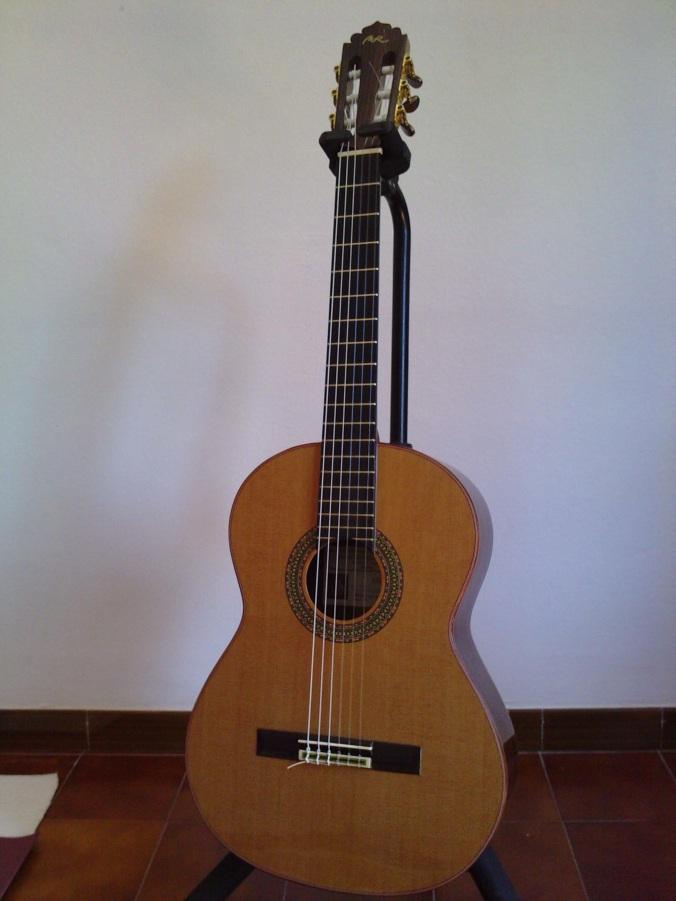 Guitarra Manuel Rodriguez E Exotic - Foto1 - Clases de Guitarra Barcelona