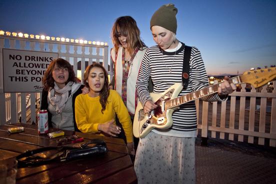 Warpaint - Clases de Guitarra Barcelona